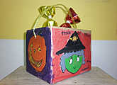 Halloween Trick-or-Treat bucket painting for kids