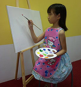 holiday canvas painting class for children