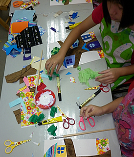 Holiday collage class for children